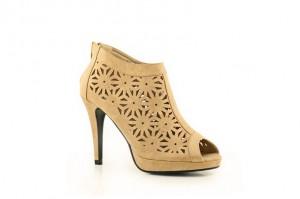 Les escarpins de la semaine ! dans Chaussures femmes ESCARPINS-MONTANTS-PERFORES-M2MOD-16-300x199